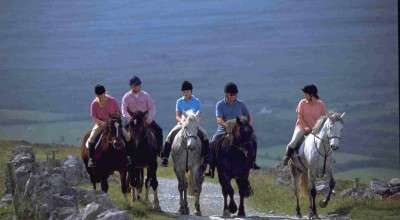 horse riding in ireland