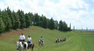 equestrian holidays in italy