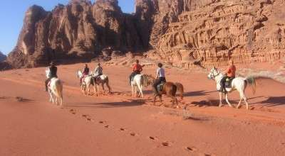 horseback riding trip in jordan