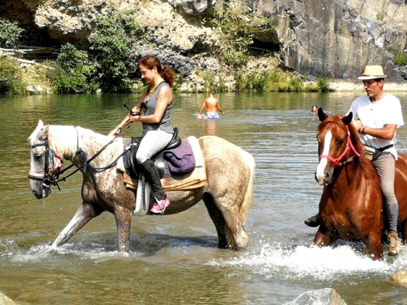 equestrian holidays in tuscany